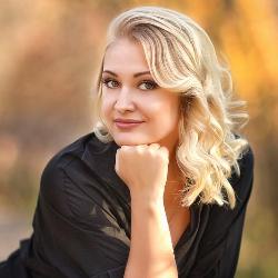 Бобровская Юлия